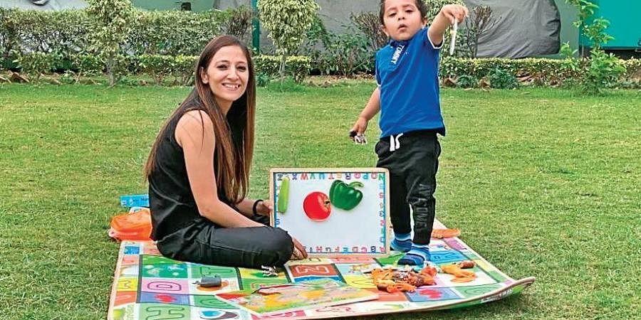 Veta Ratra with son Sarav