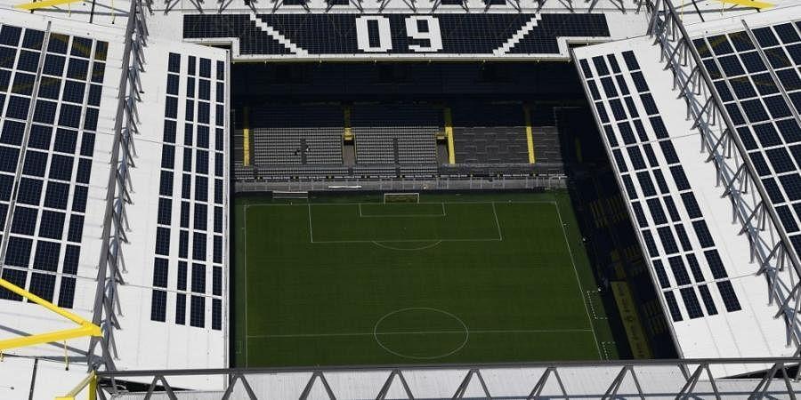 Signal Iduna Park, Borussia Dortmund
