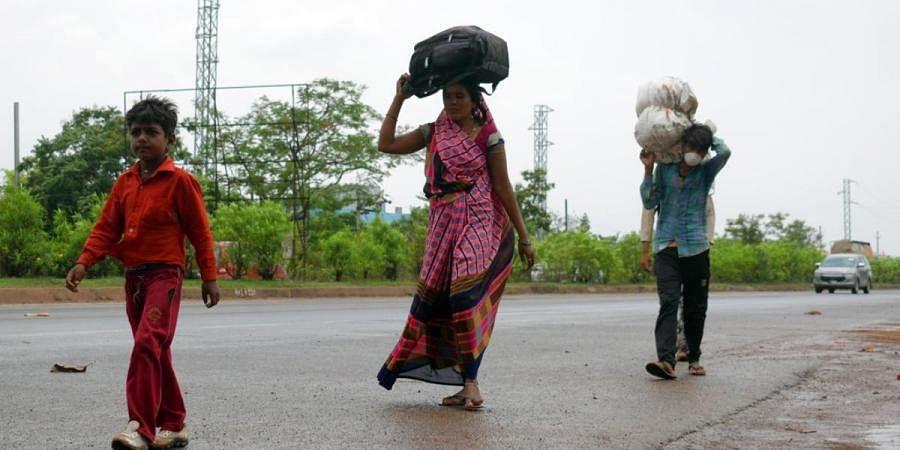 Migrant labourers return to Bhubaneswar amid COVID-19 lockdown