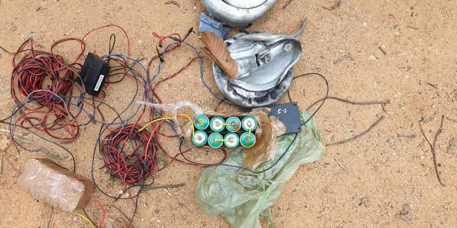 The IEDs wired to batteries