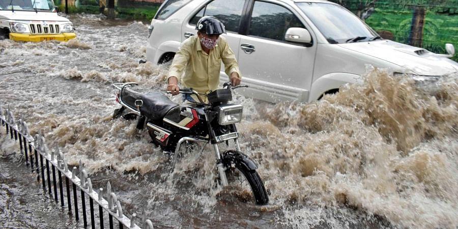 Rain, cyclone, storm