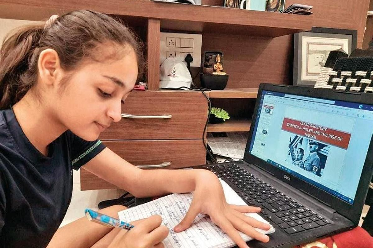 Online classes: Poor students in Delhi struggle due to lack of internet  connections- The New Indian Express