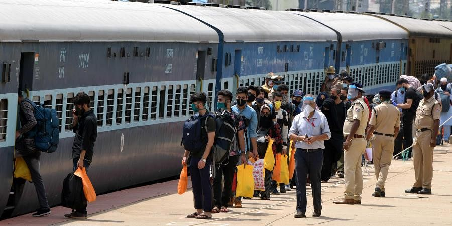 Special train, Migrants