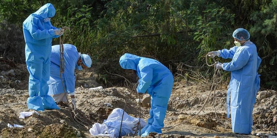 Coronavirus burial