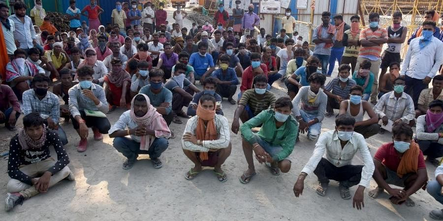 As lockdown 2.0 was coming to an end, the Centre on Friday allowed inter-state movement of migrants in the country who are stuck in various states without work and wages. (Photo | EPS)