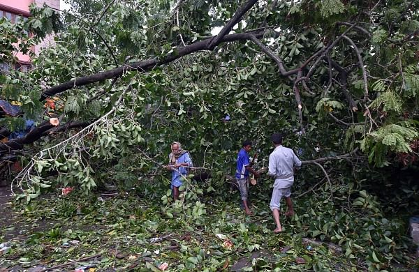 Cyclone Amphan: Deathtollrises to 80, PM announces Rs 1000 crore relief for Bengal