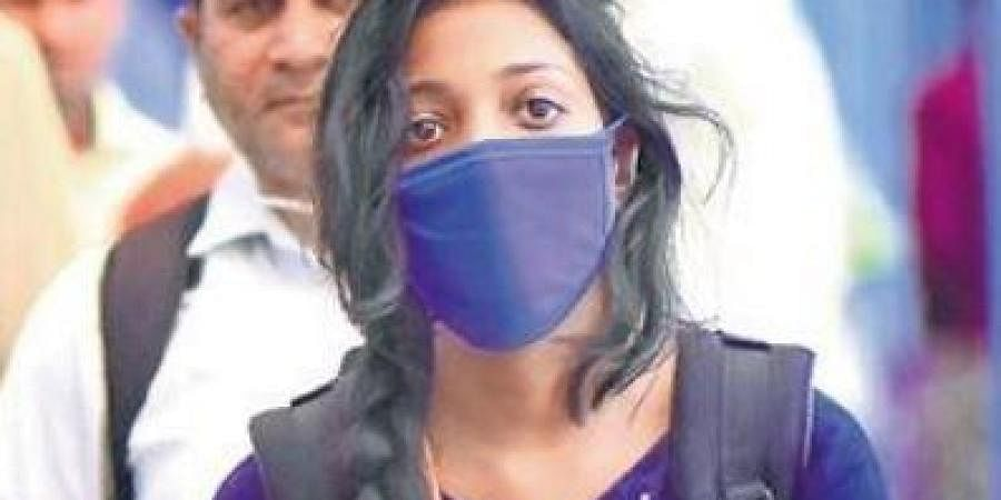 Health expert recommends medicated masks