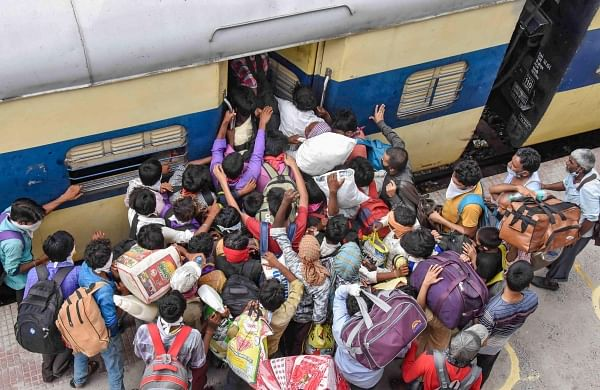 Gujarat HC asks railways to waive one-way ticket charges of migrants