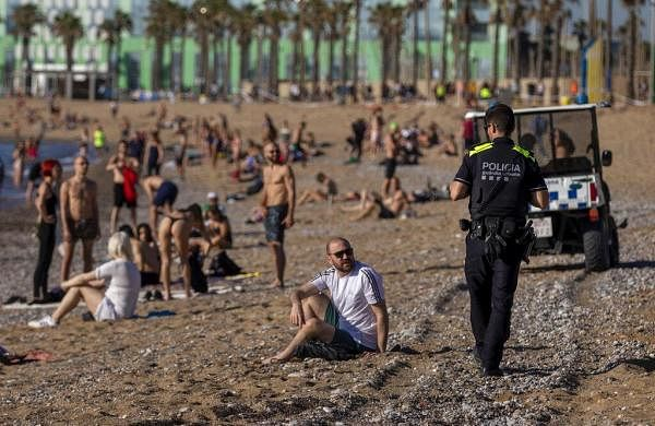 COVID-19: Spain set to open beaches, restaurants