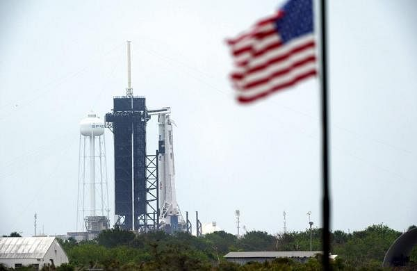 Stormy weather puts damper on SpaceX's firstastronaut launch