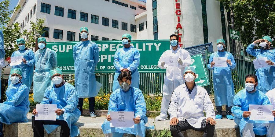 Kashmir doctors, doctors protest