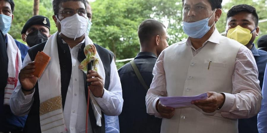 Petroleum Minister Dharmendra Pradhan and Assam CM Sarbananda Sonowal. (Photo  EPS)
