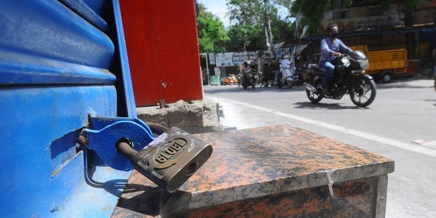 Shops remain closed even after unlock 1.0 as COVID-19 cases are increasing at One Town in Vijayawada on Saturday