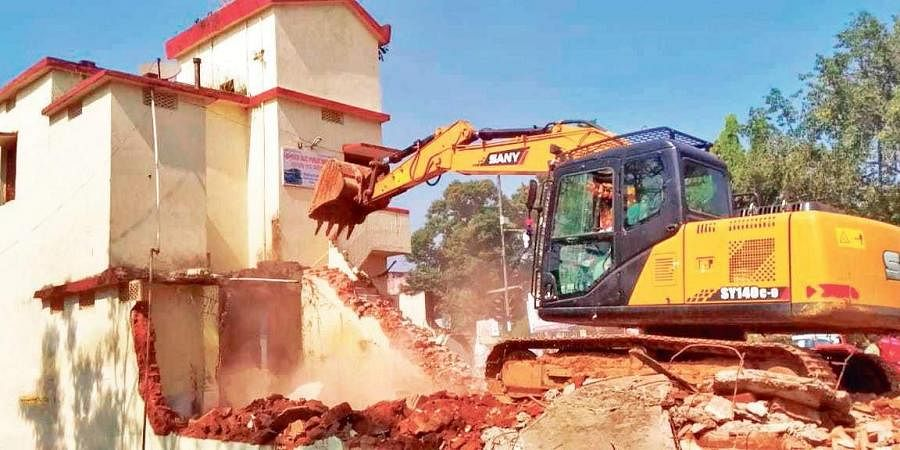Eviction drive going on near Jeypore bus stand