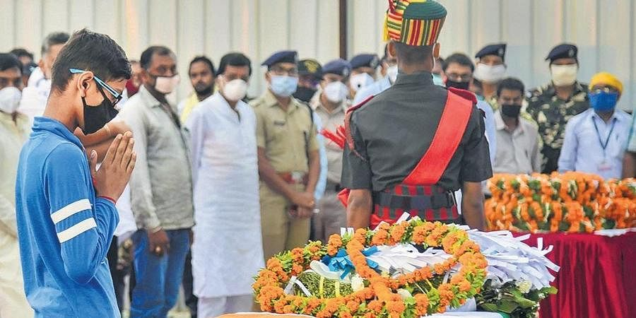 Son of Havaldar Sunil Kumar pays tribute to his father in Patna.