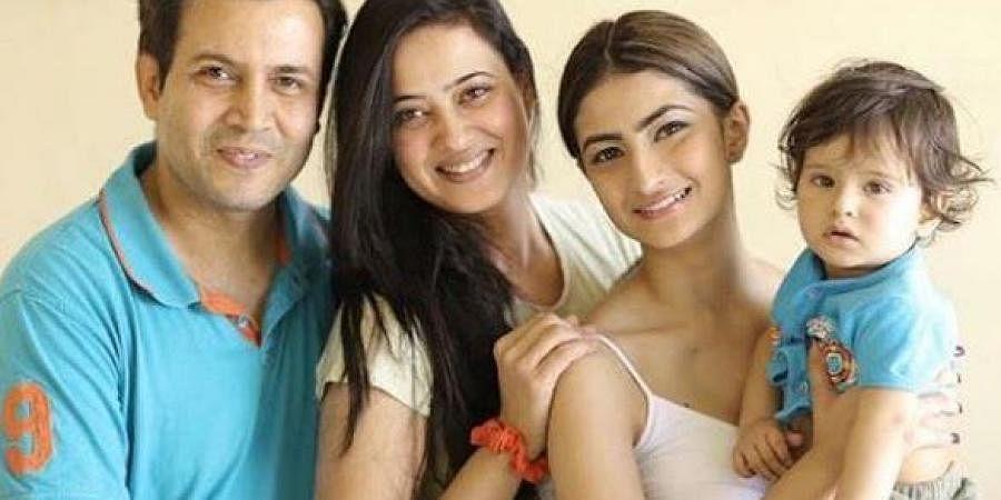 Abhinav Kohli, Shweta Tiwari, Shweta's daughter Palak Tiwari and the couples son Reyaansh