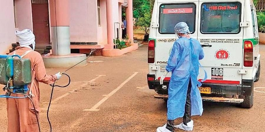 Officials shifting a remand prisoner at Kadapa central prison to a hospital after he tested positive for coronavirus   EXPRESS