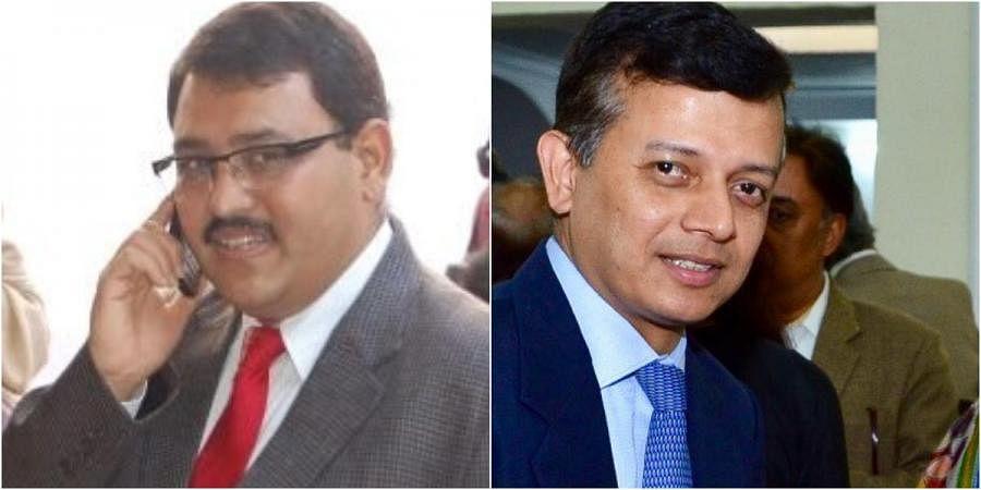 Senior IAS officers Hari Ranjan Rao (L) and Partha Sarthi Sensharma