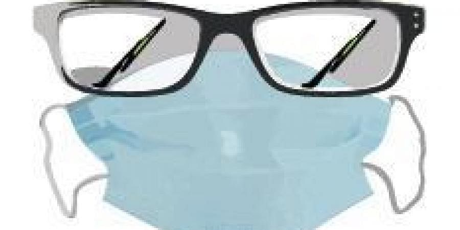 How to avoid fogging up of eyeglasses while wearing masks