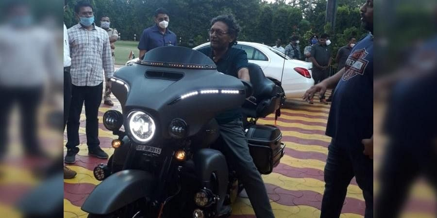 Chief Justice Sharad Arvind Bobde with Harley Davidson bike. (Photo| Twitter)