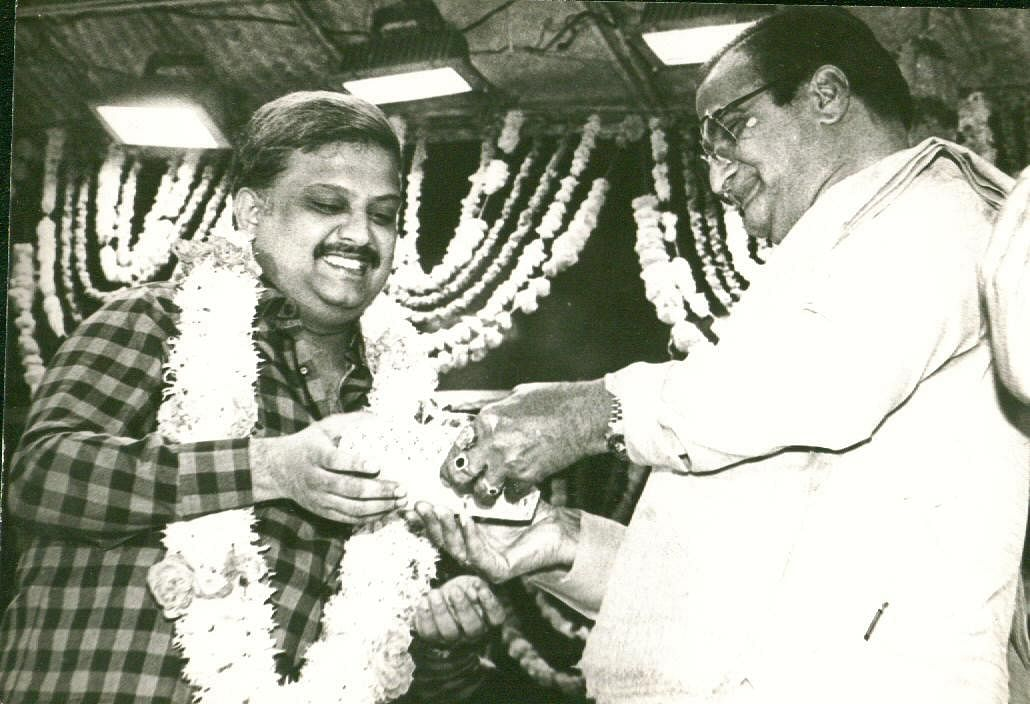 40,000 songs in 16 languages: Here are some rare pictures of the legendary  SP Balasubramanyam as he- The New Indian Express