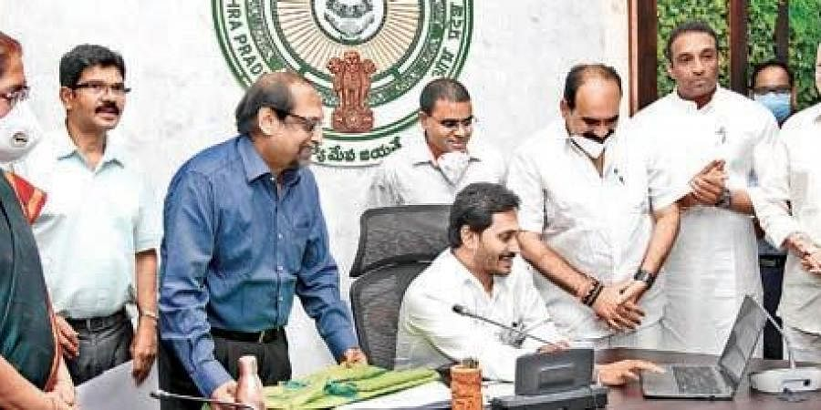 Chief Minister YS Jagan Mohan Reddy launching the online waste exchange platform at his camp office in Tadepalli on Friday