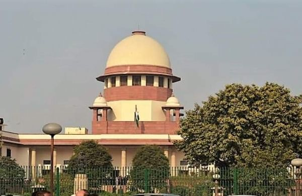 Palghar lynching: SC asks Maharashtra government to file status report on inquiry against policemem