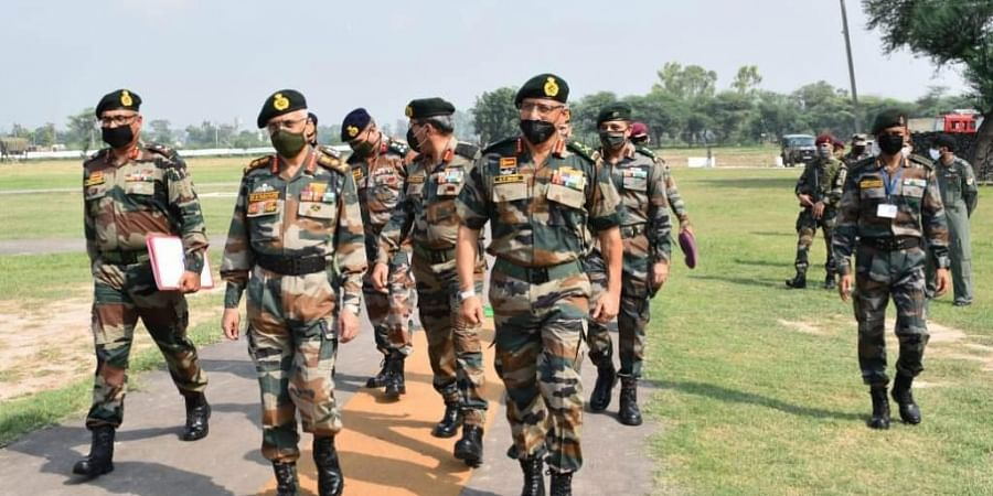 Army Chief Gen MM Naravane visited formations of Vajra Corps in Amristar & Ferozepur.