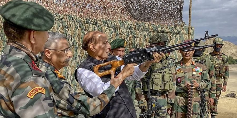 Amid LAC standoff with China, Rajnath arrives in Leh to carry out ...