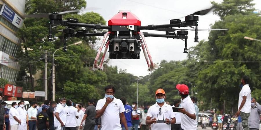 Disinfectant being sprayed in Jayanagar, Bengaluru, using drones on Thursday morning. Revenue Minister R Ashoka, Bengaluru South MP Tejasvi Surya, MLAs Ramalinga Reddy and Soumya Reddy were present for the trial