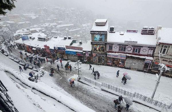 Heavy snowfall in J-K, Uttarakhand, Himachal; avalanche warning in fourKashmir districts