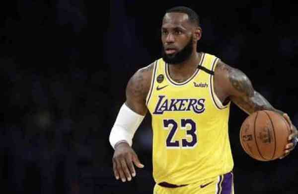 NBA icon LeBron James' trading card from rookie season fetches record sum at auction - The New Indian Express