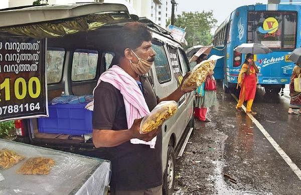 Lockdown woes: Singer turns street vendor for survival