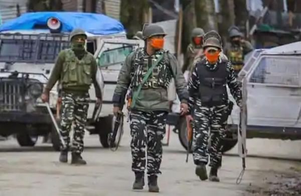 CRPF personnel injured in low-intensity IED blast in J&K's Pulwama