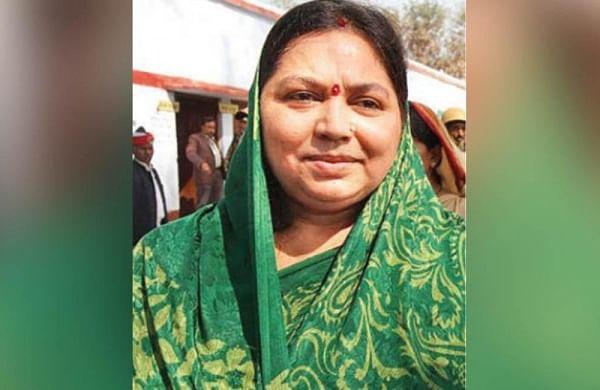 MulayamYadav'swifeSadhanahospitalised in Lucknowwith breathing difficulty
