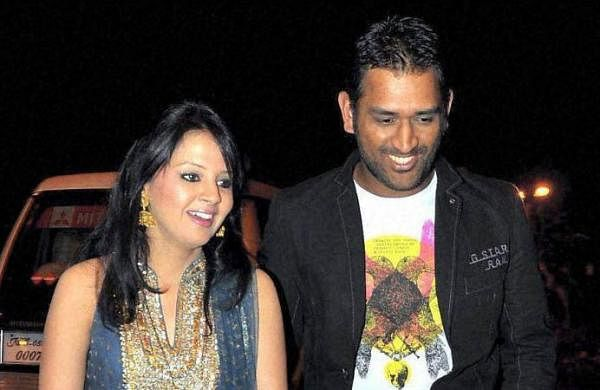 Wouldn't have even looked at Dhoni if he had long hair when we met: Wife Sakshi