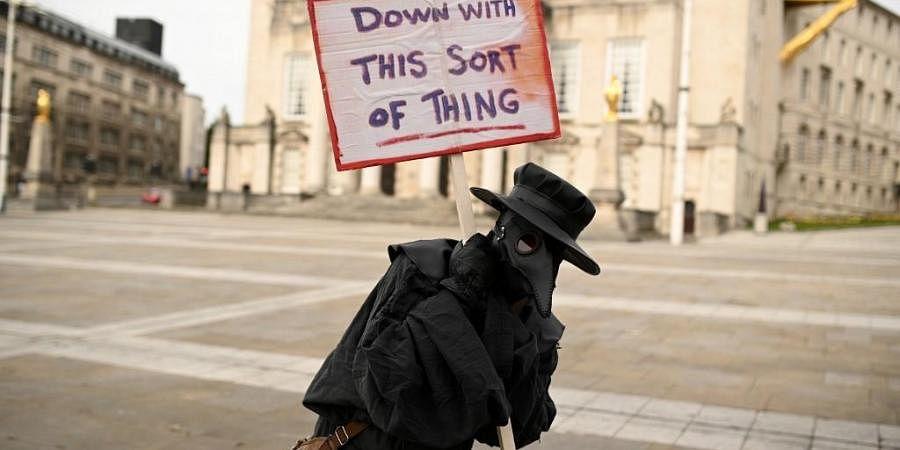 WHO says 'monitoring' China bubonic plague situation- The ...