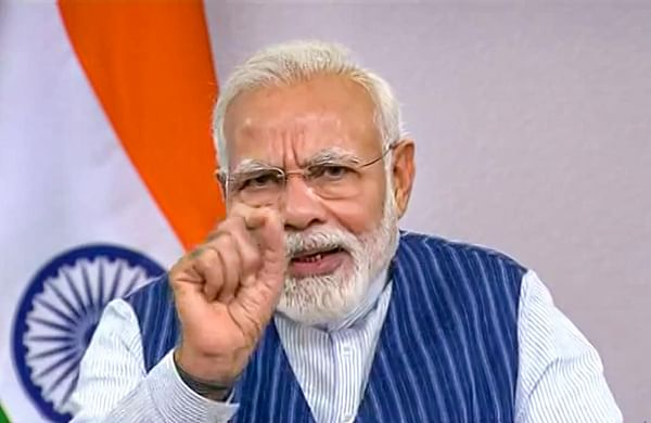 Habits like spitting in open need to be junked: PM Modi