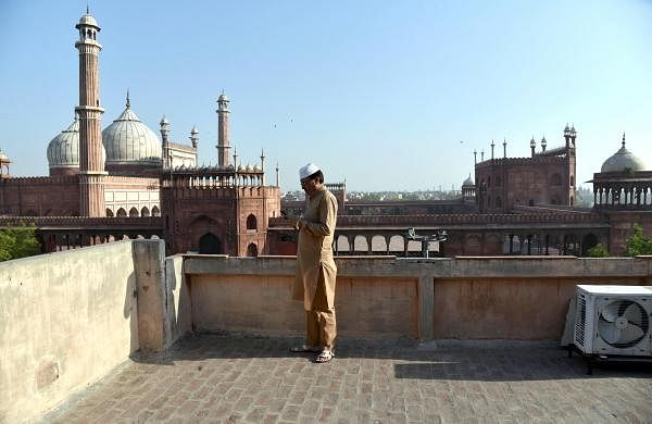President Kovind, PM Modi extend greetings to nation on Eid al-Adha