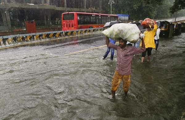 Heavy rains to hit parts of Mumbai, neighbouring districts