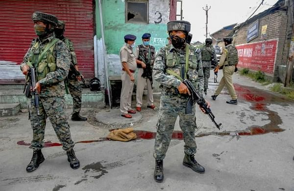 Jaish terrorists behind attack on J&K police personnel in Nowgam: IG on killing of two cops