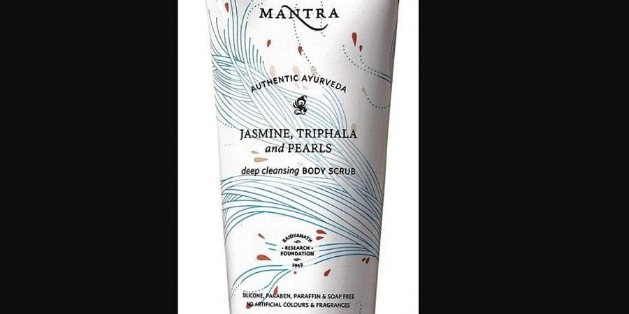 ​The Jasmine, Triphala and Pearls Deep Cleansing Body Scrub cleanse and exfoliate the skin with a gentle touch.