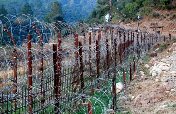 Pakistan army shells forward areas along LoC in J-K's Poonch