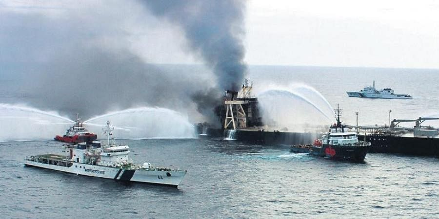 Efforts by Indian Coast Guard, Sri Lankan vessels and tugs have doused the reignited fire at MT New Diamond on Tuesday