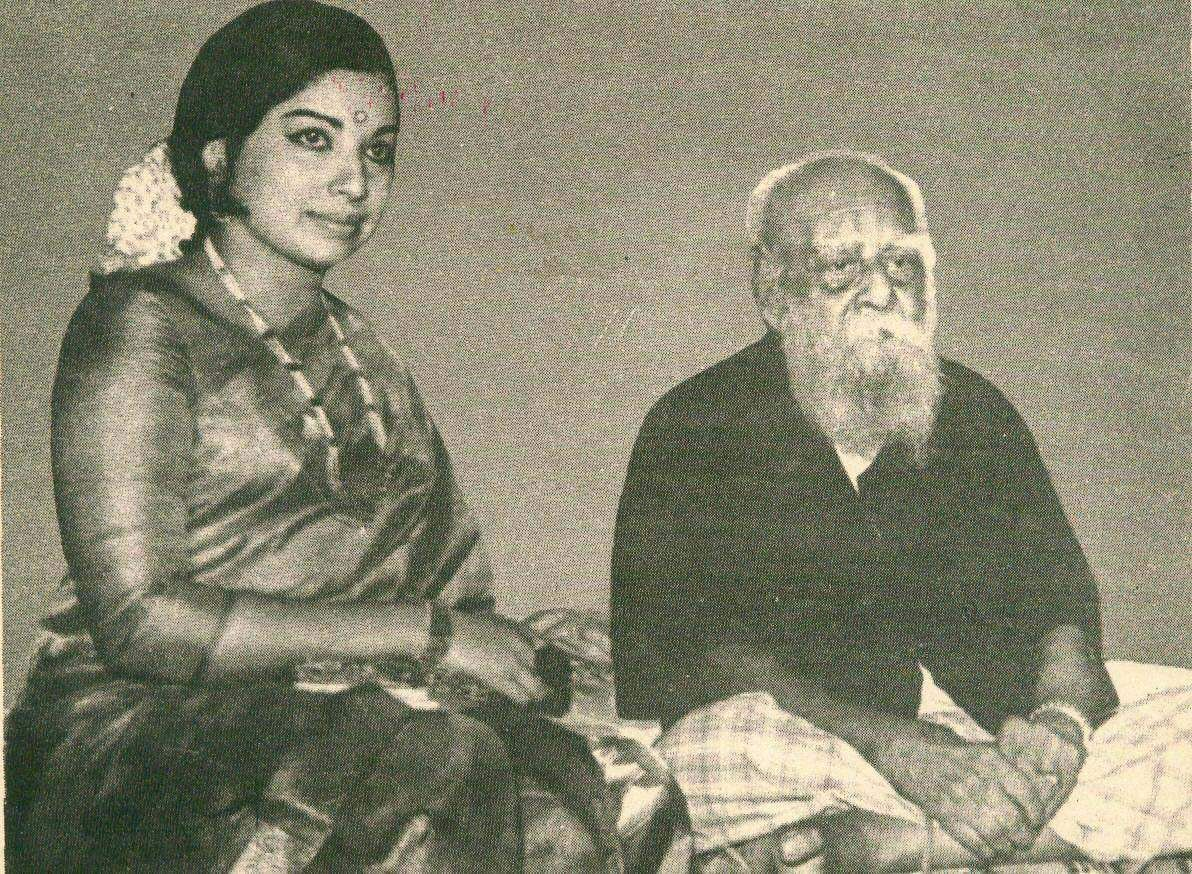 DravidaKazhagam founder Periyar with former Tamil Nadu CM Jayalalithaa.