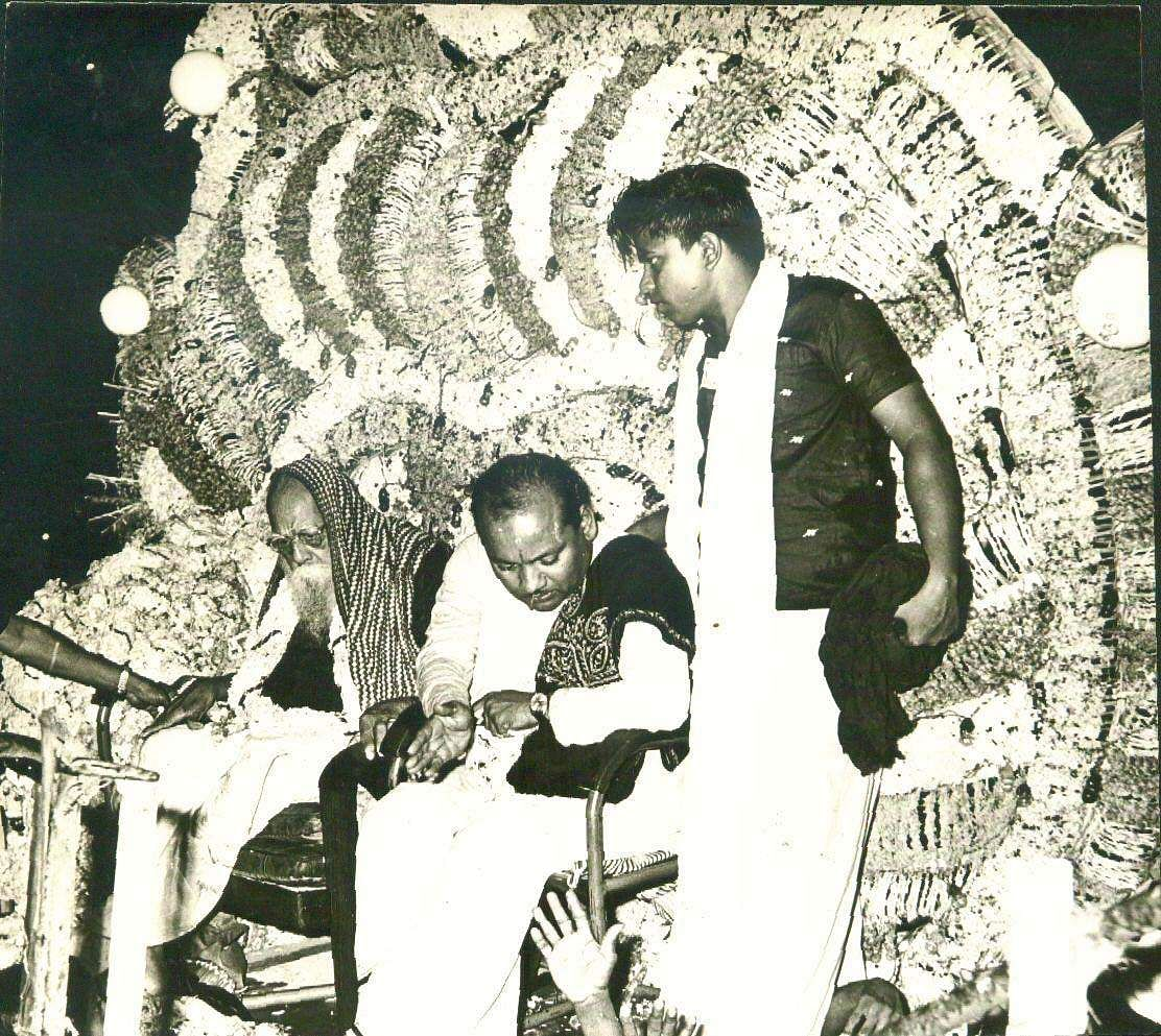 Dravida Kazhagam founder Periyar with DMK  co-founder KA Mathiazhagan.