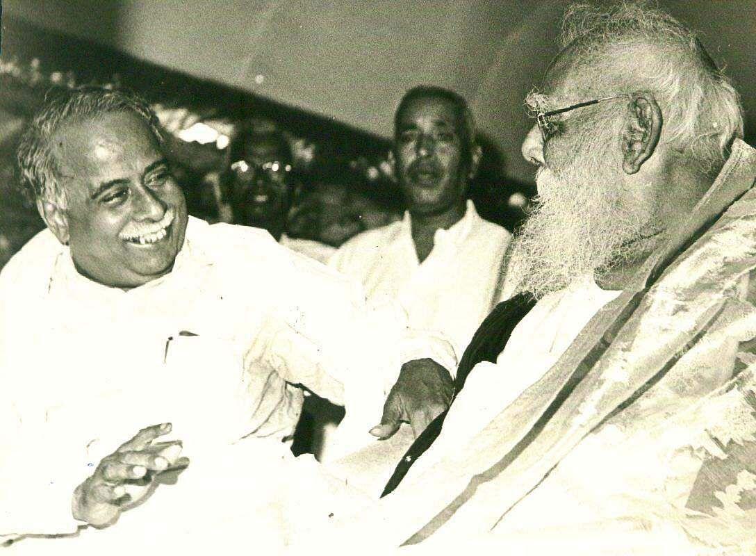 DravidaKazhagam founder Periyar with former Tamil Nadu CM Annadurai.