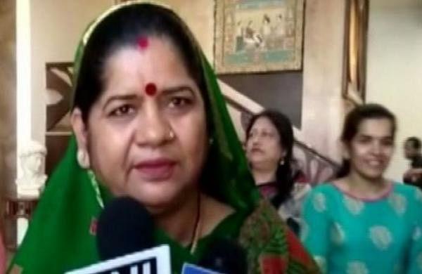 Madhya Pradesh WCD Minister Imarti Devi's poll brag landsher in trouble