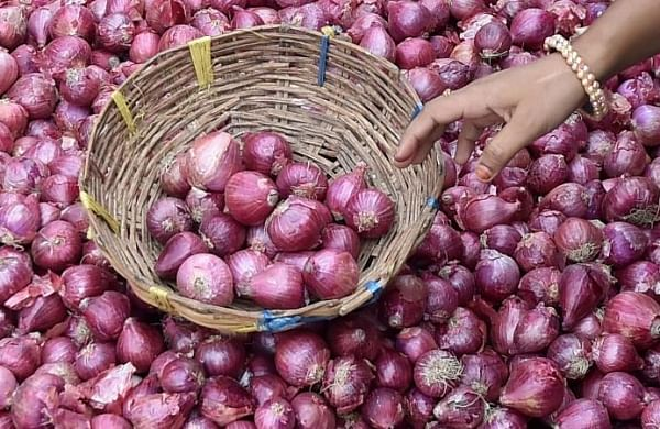 Revoke ban on onion export: Maharashtra horticulture minister writes to Centre