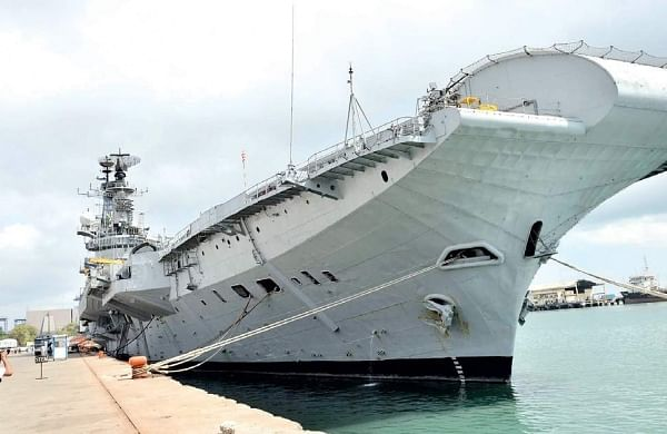 Decommissioned aircraft carrier 'Viraat' to start last journey on Saturday